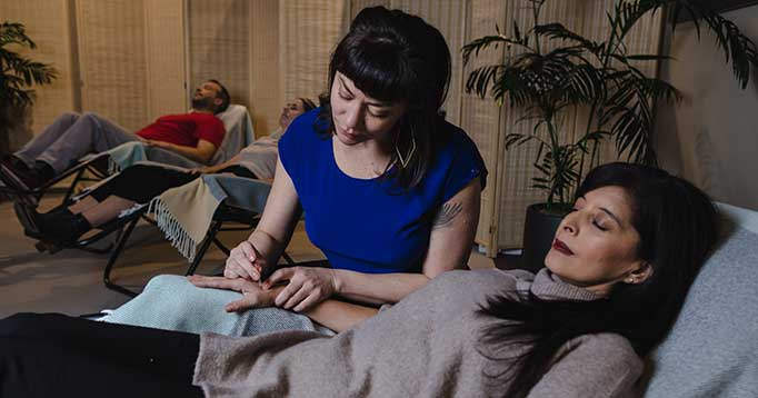 A Community Acupuncture session at the Barton Center for Orthopedics & Wellness in South Lake Tahoe, CA.